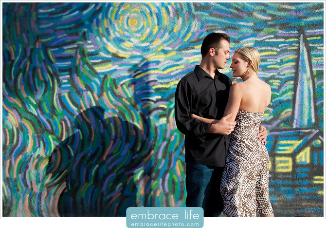 Venice Beach Engagement Pictures - 11